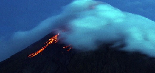 Mayon Volcano 2014-10-19