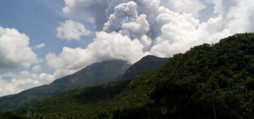 Phreatic Explosion Bulusan Volcano 2016-06-10