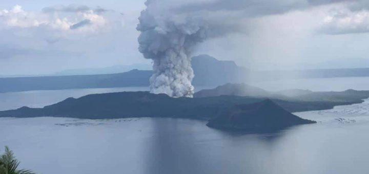 Taal Volcano Boooom!